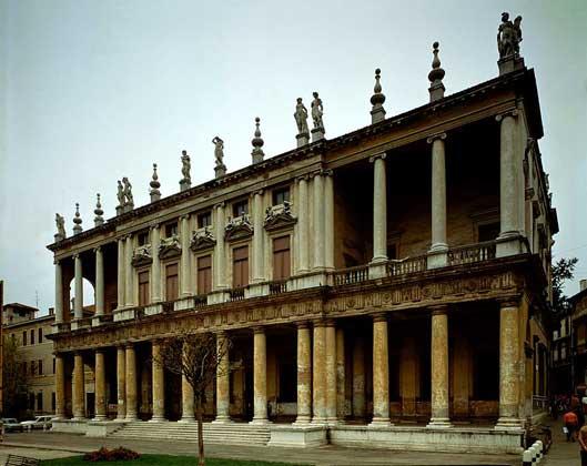 IGDA/G. Nimatallah     ПАЛАЦЦО КЬЕРИКАТИ (1550) в Виченце, Северная Италия. Архитектор Андреа Палладио.