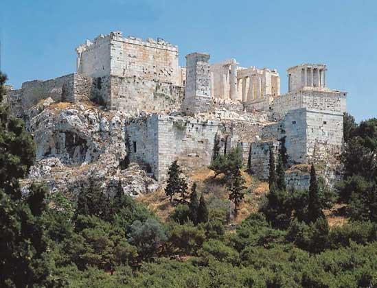 территория афин внутри городских стен