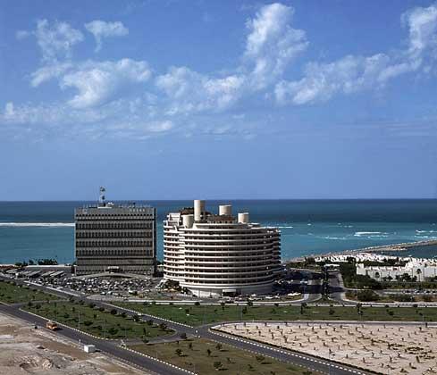 IGDA/F. Pagni     АБУ-ДАБИ – столица Объединенных Арабских Эмиратов