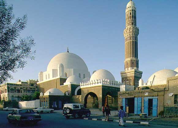 IGDA/L. Romano МЕЧЕТЬ ЭЛЬ-БАКИРЬЯХ в Йемене.
